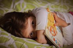 (Fanny Airault) Tags: sister soeur mignon cute 2017 canon750d portrait baby bébé enfant