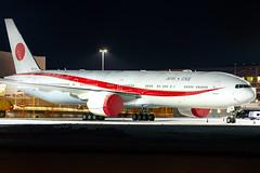 80-1111 Boeing 777-3SB(ER) Japan Air Self-Defence Force (JASDF) (Andreas Eriksson - VstPic) Tags: deliveredinaugust nowonatrainingmissiontostockholm 801111 boeing 7773sber japan air selfdefence force jasdf