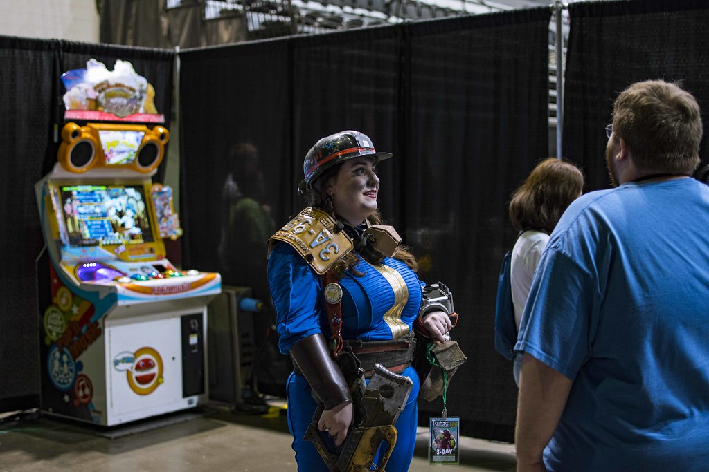 The World's Best Photos of cosplayer and fallout - Flickr