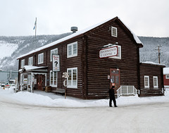 _ROS3486-Edit.jpg (Roshine Photography) Tags: yukonquest dawsoncity environmental architecture buildingsandstructures touristinformationcentre historic snow downtown yukon canada ca