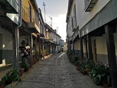 calle y  Plaza o Plazuela de los Tres Caños  o Chorros Guadalupe Caceres 02 (Rafael Gomez - http://micamara.es) Tags: calle y plaza o plazuela de los tres caños chorros guadalupe caceres
