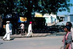 INDIA Y NEPAL 1986 - 78 (JAVIER_GALLEGO) Tags: india 1986 diapositivas diapositivasescaneadas asia subcontinenteindio cachemira kashmir rajastán rajasthan bombay agra taj tajmahal srinagar delhi