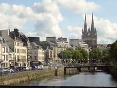 Quimper on the Odet and the Steir. (Traveling with Simone) Tags: cathedrale cathedral odet river rivière bridge pont cars voitures city water ville buildings bâtiments clouds nuages steeples clochers towers roofs toits stairs escalier cityscape spires