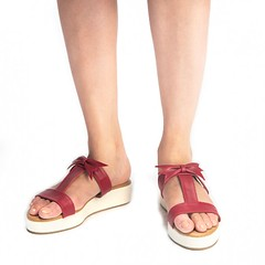 paio-franko-red-and-white-platform-slip-on (paio.nirmal) Tags: platform shoes platformsforwomen platformfootwear paioshoes paio