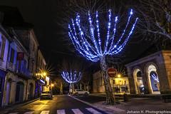 4O8A1026-2 (JHP Photographies) Tags: france sud sudouest nouvelleaquitaine aquitaine dordogne lalinde noel illuminations canon6d longuepose lumiéres lights