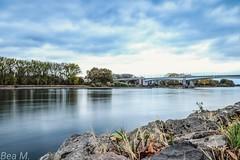 Rheinbrücke (trixi.mi) Tags: ndfilter rhein fluss river blau wasser water blue autumn warmerherbst 2018 oktober canon landschaft landscape