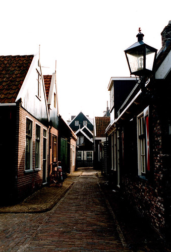 Volendam village_F