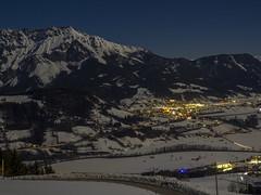 P2180008 (turbok) Tags: beleuchtung berge dingeundsachen ennstal landschaft nacht stimmungen
