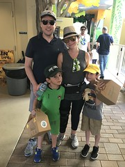 """Lori Sklar Mitzvah Day 2019 • <a style=""""font-size:0.8em;"""" href=""""http://www.flickr.com/photos/76341308@N05/47228898171/"""" target=""""_blank"""">View on Flickr</a>"""