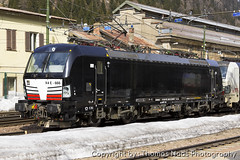 Lokomtion (MRCE), (Thomas Naas Photography) Tags: italien italy eisenbahn railways zug züge train lokomotiven lokomotives fahrzeuge outdoor brenner brennero siemens vectron ms x4e lokomotion mrce mitsui rail capital europe gmbh