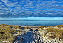 Strandzugang zum Ostseestrand (garzer06) Tags: ostsee himmel wolken meer landschaft strand wolkenhimmel mecklenburgvorpommern deutschland landscapephotography strandsand landschaftsfoto naturfoto landschaftsfotografie