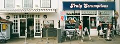 14a Whitby cafes (I ♥ Minox) Tags: film 2019 fuji superia fujicolorsuperia fujicolor 200asa c41 olympus olympusom2n om2n om2 olympusom2 om2709 whitby northyorkshire