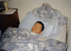EngIre97 25 (danimaniacs) Tags: ireland dublin man guy mansolo bed sleep wake