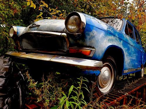 retro car VOLGA ©  Sergei F