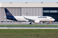 D-AINP Lufthansa Airbus A320-271N (buchroeder.paul) Tags: eddl dus dusseldorf international airport germany europe ground dusk dainp lufthansa airbus a320271n