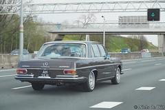 1971 Mercedes-Benz 280 S (NielsdeWit) Tags: nielsdewit car vehicle ah2511 mercedes benz mercedesbenz w108 280 s 280s sclass a12 driving snelweg highway