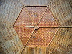 Chinese garden gazebo ceiling hexagon made of bamboo reeds in Hefei, China (Germán Vogel) Tags: hexagon reeds pattern design hefeibotanicalgarden decoration gazebo lookingup ceiling roof asia eastasia china travel traveldestinations tourism touristattractions landmark holidaydestination famousplace chineseculture bamboo hefei anhuiprovince