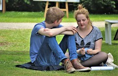 IMG_3324 (Skinny Guy Lover) Tags: outdoor people candid sitting sit seated jeans bluejeans teenageguy teenagerguy park
