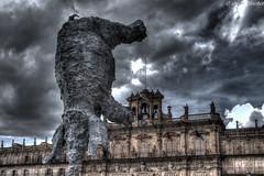 Elefante de Miquel Barcelo (jesussanchez95) Tags: plazamayor square salamanca miquelbarcelo escultura sculpture hdr edificio building