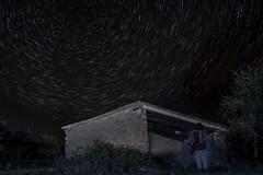 El hotel de mil estrellas (*Nenuco) Tags: reserva starligth arasdelosolmos jesúsmr valència nikon d5300 nikkor 18105 estrellas estrella polar larga duración startrail
