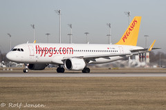 TC-NBU Airbus A320 NEO Pegasus Airlines Munich airport EDDM 17.02-19 (rjonsen) Tags: plane airplane aircraft aviation airliner takeoffroll airside runway