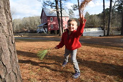 2018-12-23 16.23.44-1 (whiteknuckled) Tags: christmas fayetteville smiths family trip 2018 portraits photos starrs mill