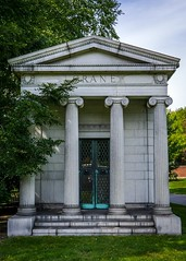 Crane (dayman1776) Tags: graceland cemetery classical architecture grave graveyard spooky death dead neoclassical chicago illinois sony a6000 sigma prime lens beautiful