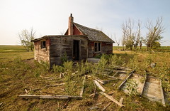 The Red Homestead (TigerPal) Tags: saskatchewan sask shamrock redhomestead prairie plains greatdepression ruin rural ruraldecay dustyroad gravelroad wreckage oncewashome hardtimes defeat depression