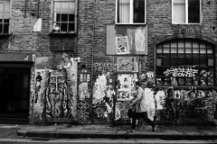 street gallery (99streetstylez) Tags: people street streetphotography strassenfotografie streetphoto 99streetstylez graffiti art city metropole london