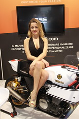 MBE Model (themax2) Tags: 2019 mbe verona expo girl hostess motorbike promotora legs tights highheels cfm shoes cleavage