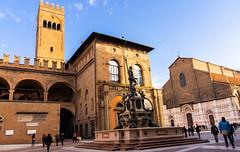 Piazza Nettuno, Bologna, Italy (alessio.vallero) Tags: architecture church statue fountain nettuno piazzanettuno italy bologna