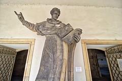 Dresden - Stallhof, Statue Heiliger Dominikus (www.nbfotos.de) Tags: dresden dominikus statue skulptur sculpture hofkirche stallhof heiligenfigur sachsen
