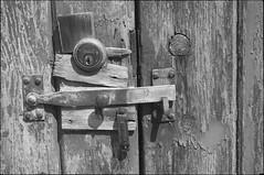_DSC6690 (andy.sheppard) Tags: d2x nikon pentax pentaxtakumar35mmf35 norfolk lock security artisan thatlldo