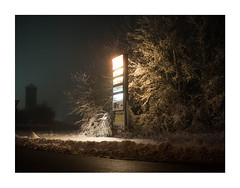 98712034971896135890133421 (Melissen-Ghost) Tags: night hawks photography snow winter fog haze grain color 6x7 frame nachtfotografie nocturnal germany
