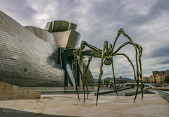 Gugenheim spider (Mike Roe Photography) Tags: ©mikeroephotography bilbao gugenheim spider artwork sculpture scary