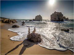 Sunrise Arrifes Beach (Luc V. de Zeeuw) Tags: arrifesbeach atlantic beach cliff coast coastline ocean rock sand water waves albufeiraeolhosdeágua algarve portugal