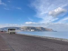 Llandudno promenade (Al Jones) Tags: llandudno wales northwales bluesky seaside promenade clouds dylans