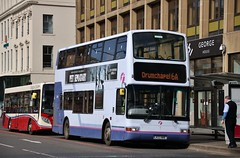 First Glasgow LK03 NHE (32305) | Route 6A | George Square (George St), Glasgow (Strathclyder) Tags: first glasgow firstglasgow volvo b7tl plaxton transbus president lk03 nhe lk03nhe 32305 george square scotland olympialivery scotstoun dv222 firstlondon firstcentrewest vtl1305 vnl32305
