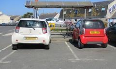 Short Car Comparison (occama) Tags: smart fortwo car short comparison toyota iq wj59utz bv52xon cornwall uk