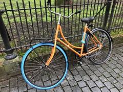 IMG_0131 (De avonturen van de Argusvlinder) Tags: gevonden gevondenvoorwerp lostfound cingelstraat breda fiets bakfiets