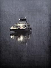 Ferga -|- The ferry (erlingsi) Tags: andalote ferge ferry nordfjord ferje night gloppen anda