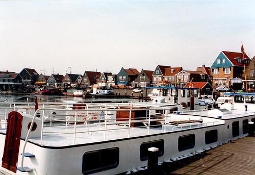 Volendam boats_P