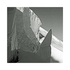 Sérac (Yvan LEMEUR) Tags: sérac glace montblanc tacul alpes alpinisme neige mountain montagne chamonix hautesavoie hautemontagne extérieur france