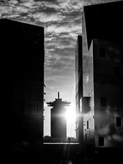A0193561-2 (rpajrpaj) Tags: amsterdam cityscape nederland nederlandvandaag netherlands city sunrise