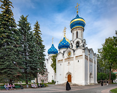 The Trinity Lavra of St. Sergius (Sergiev Posad, Russia) (KonstEv) Tags: church cathedral orthodox russia sergievposad architecture lavra cross religion building dome monk