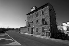 Semana 46.1. Antiguo molino (Mara) (DigitalOscura) Tags: 52104 17mm blancoynegro bn arquitectura