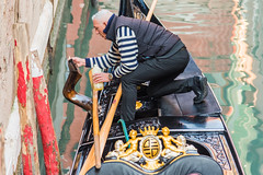 A Gondolier Varnishes His Boat (Gerry Lynch/林奇格里) Tags: boats canal candid gondola gondolier italy street venice exif:focallength=120mm exif:isospeed=1100 exif:aperture=ƒ40 exif:make=nikoncorporation exif:lens=2401200mmf40 exif:model=nikond750 camera:model=nikond750 camera:make=nikoncorporation