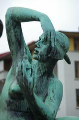 America (rotabaga) Tags: sverige sweden göteborg gothenburg järntorget sculpture pentax k5