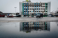 parking lot (Zimthiger) Tags: hamburg zimthiger regen rain canon 5dmk3 stpauli city street streetphotography parkinglot