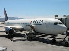 Delta                            Boeing 767                             N130DL (Flame1958) Tags: delta deltaairlines deltab767 boeing767 boeing b767 767 n130dl myflightaircraft las klas 190411 0411 2011 lasvegasairport mccarranairport dl2002 dal2002 7513